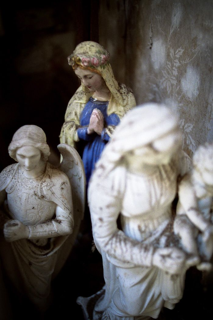 Grenier statue vierge